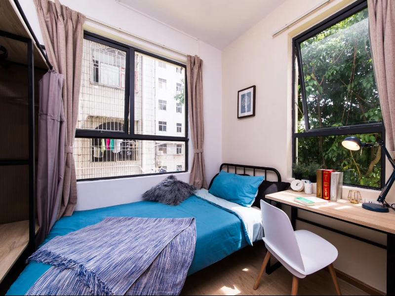 精致小单间 · 泊寓-龙华三和公社
