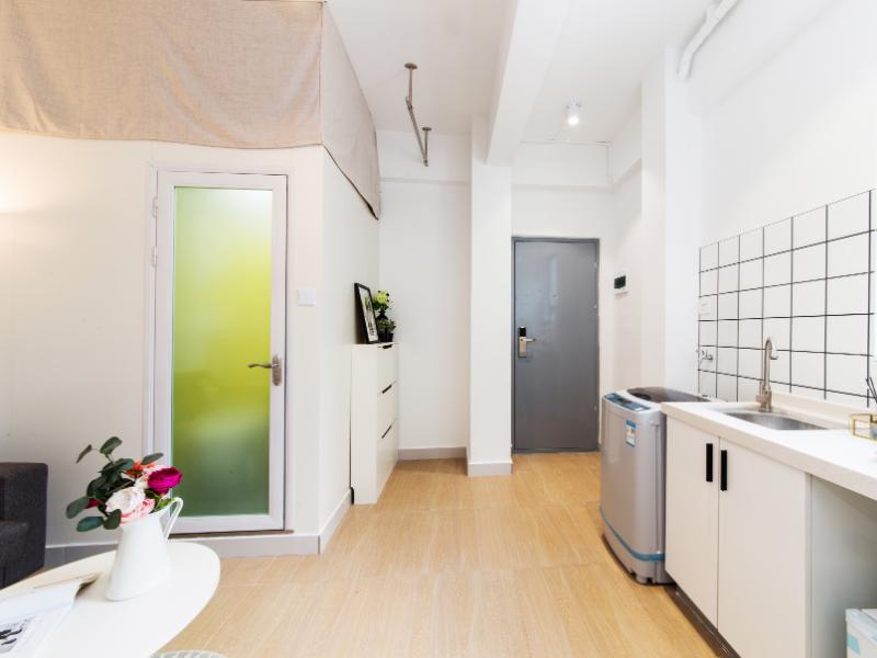 一房一厅带阳台 · 泊寓-龙城上角环公社