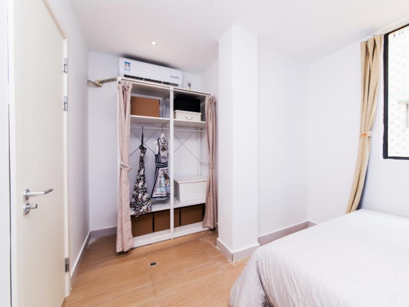 精致一房一厅 · 泊寓-龙城上角环公社