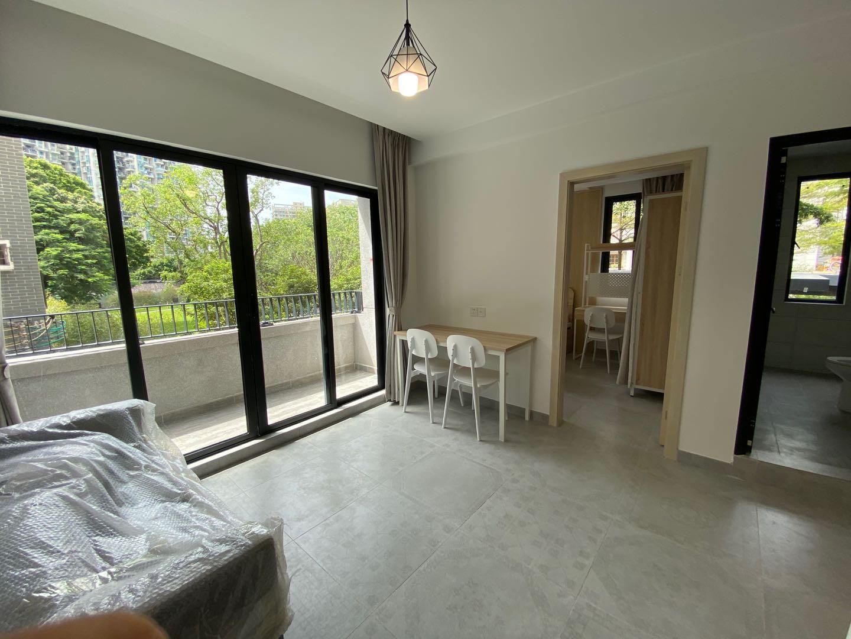 一房一厅带厨房阳台
